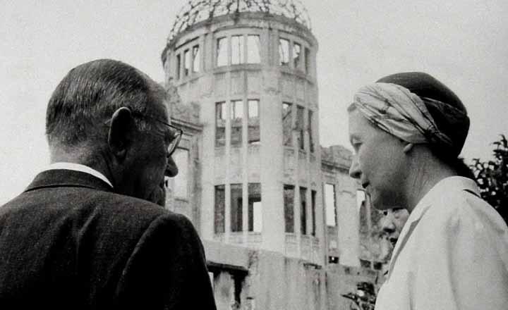 拡大 フランスの哲学者、作家、評論家。実存主義で戦後の日本文化に影響与えた。「... 海外からの