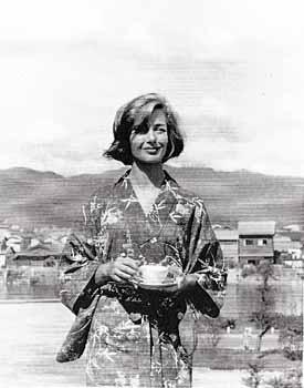拡大 ■記者 守田靖 戦後復興期の広島で撮影された日仏合作映画「ヒロシマ・モ... 「ヒロシマ・